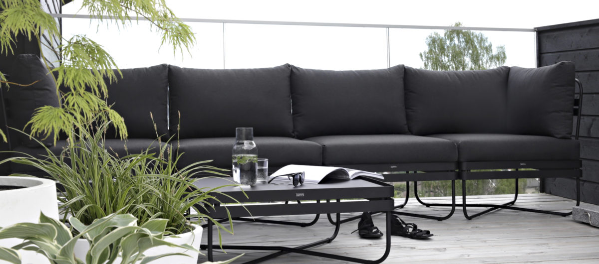 3K_Bris_sofa_outdoor_01_yggoglyng